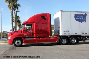 Freightliner Cascadia for States Logistics